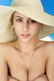 Free Girl In Straw Hat Royalty Free Stock Photo - 36532765