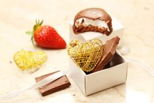 Free Strawberry And Chocolate Stock Photos - 36535783