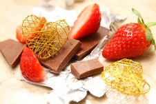 Free Strawberry And Chocolate Stock Photography - 36543102