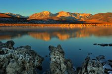 Free Mono Lake Tufa Formations At Sunrise Royalty Free Stock Images - 36544339
