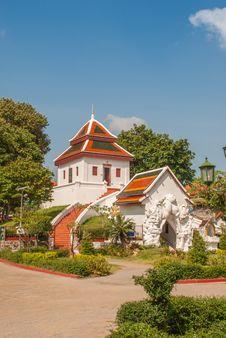 Free Thai Temple Royalty Free Stock Photos - 36549068