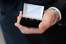 Wedding Rings In Box In Man Hand Royalty Free Stock Photography
