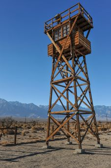 Free Wooden Guard Tower In Desert By Mountains Stock Photo - 36571730