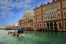 Free Buildings In The Grand Canal Royalty Free Stock Images - 36576329