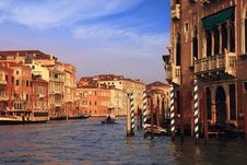 Free Buildings In The Grand Canal Stock Photography - 36576602
