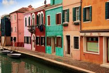 Free Colored Houses Of Burano Royalty Free Stock Image - 36579146