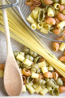 Free Uncooked Pasta And Spaghetti Stock Photos - 36581523
