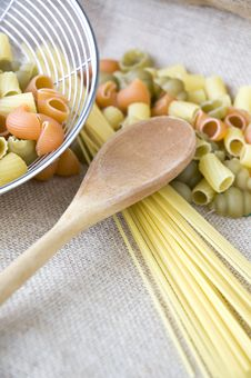 Free Wooden Spoon On Uncooked Pasta Royalty Free Stock Image - 36581746