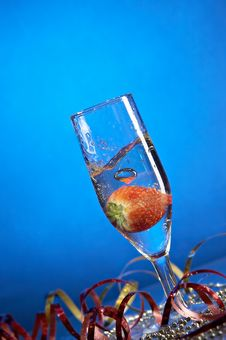 Free Glass With Champagne Royalty Free Stock Image - 3662676