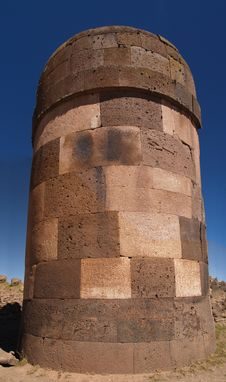 Free Sillustani Funeral Towers Royalty Free Stock Image - 3665086