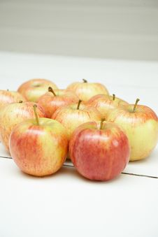 Free Apples Royalty Free Stock Photos - 3665138