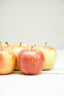 Free Organic Apples Royalty Free Stock Images - 3665179