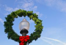 Free Christmas Wreath Royalty Free Stock Photography - 3668657