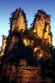 Free Steep Peaks Stock Image - 3668861