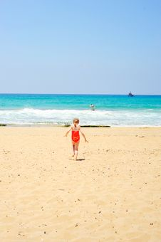 Free Baby Goes To Sea Stock Photo - 36607680