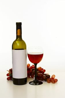 Free Bottle Of Wine Stock Image - 36634371