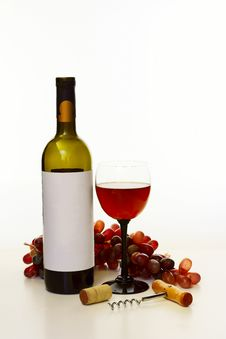 Free Bottle Of Wine Stock Photo - 36634380