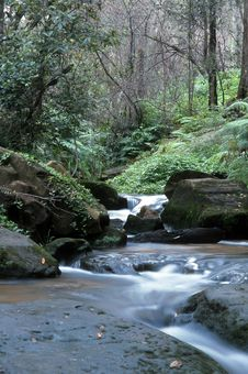 Free Blue Mountains Waterfall Royalty Free Stock Photography - 36639417