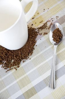 Free Cup On Coffee Royalty Free Stock Images - 36650849