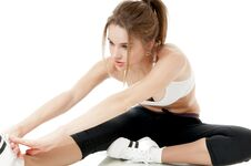 Free Athletic Woman Doing Stretching Exercises. Royalty Free Stock Photos - 36655108