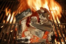 Free Glowing Charcoal And Flames Royalty Free Stock Photography - 36662077