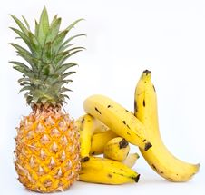Free Bananas With Ananas Royalty Free Stock Photography - 36678307