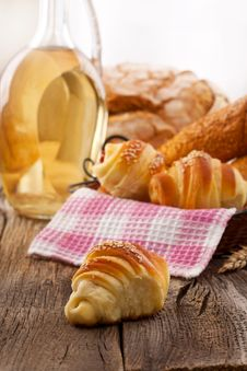 Free Fresh Croissants And Breakfast Stock Photos - 36682053