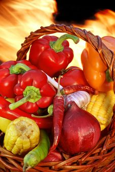 Free Wicker Basket Wtth Vegetables At The Open Fireplace XXXL Royalty Free Stock Images - 36682379