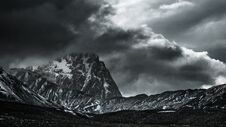 Free Snow In Campo Imperatore, Abruzzo, Italy Stock Photography - 36683312