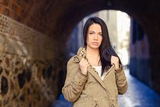 Free Young Woman With Green Eyes In Urban Background Stock Photography - 36688032