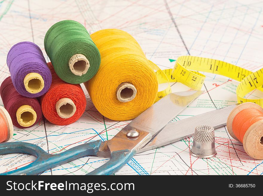 old scissors and vintage thread spools free stock images photos