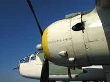 Free B-25 Engine And Nose Royalty Free Stock Images - 3670049