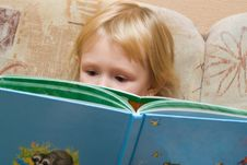 Free Small  Girl With The Book Royalty Free Stock Image - 3670156