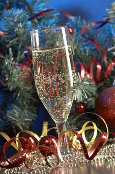 Free Glass With Champagne Royalty Free Stock Photos - 3676088