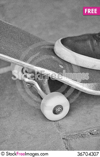 Free Skateboard Concrete Board Royalty Free Stock Photography - 36704307