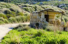 Free Small Hunting Post, Malta Stock Photography - 36703012