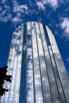 Free Blue White Glass Tower Stock Photography - 3680342