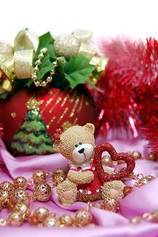 Free Christmas Bear With Heart Stock Images - 3682604