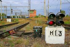 Free Traffic Light №13 On The Railway Royalty Free Stock Photography - 3687597
