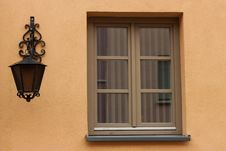Free Lamp And A Window Royalty Free Stock Photography - 36882257