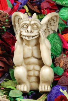 Free Gargoyle Whit Dry Flowers Royalty Free Stock Photo - 3690535