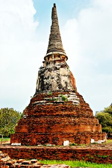 Ancient Buddhist Temple Ruins In Ayuttaya, Thailan Stock Images