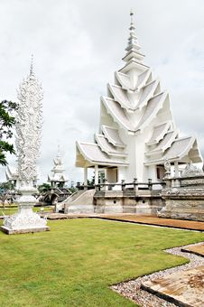 Free Unique White Buddha Temple In Thailand Royalty Free Stock Images - 3690719