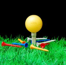 Free Golfball Royalty Free Stock Image - 3695136