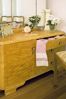 Free Dresser Stock Photos - 3698293