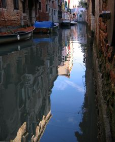 Free Quiet Venice Canal Stock Photo - 378220