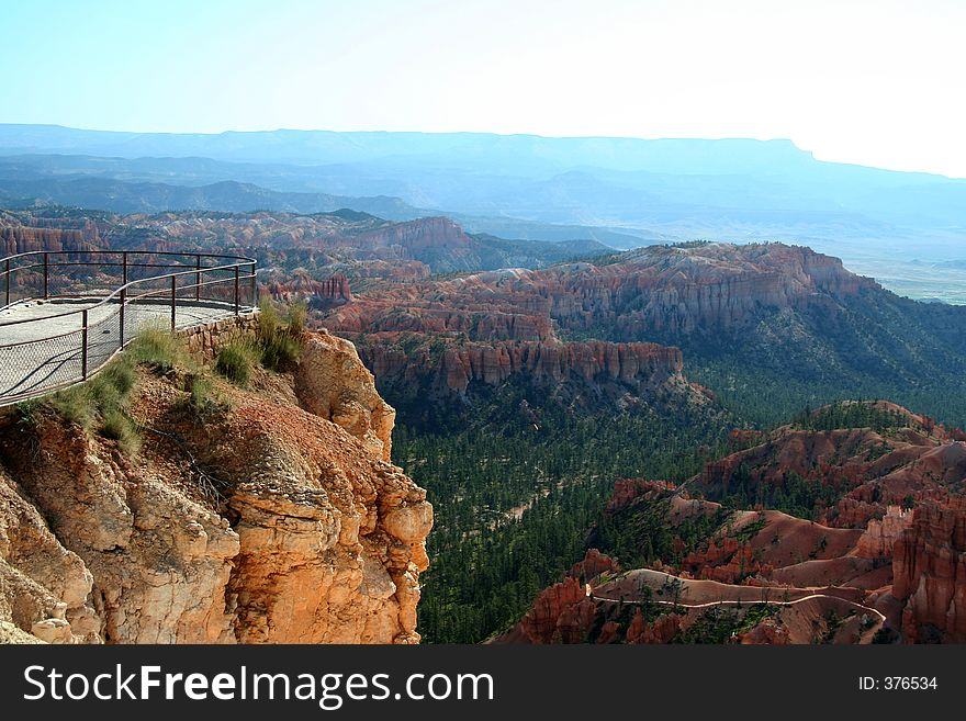 Bryce Lookout Point
