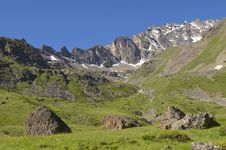 Free Caucasus Mountains Royalty Free Stock Photography - 3702897