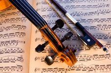 Free Violin, Bow & Music Stock Photo - 3707680