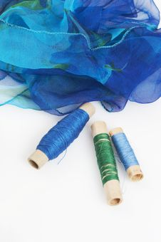 Free Blueish Silk And Matching Threads Royalty Free Stock Photography - 3710837
